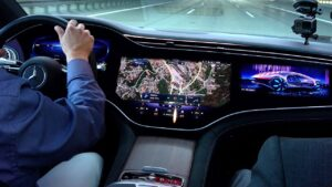 2022 mercedes eqs looks like the starship enterprise in first ever pov footage 158800 1