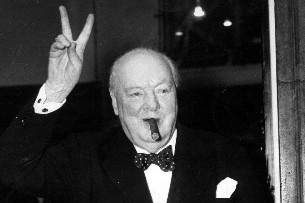 Niedopałek cygara Winstona Churchilla został sprzedany na aukcji za ponad 4000 funtów