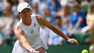 Iga Swiatek odpadla z Wimbledonu wygrana Jabeur po ciezkiej walce